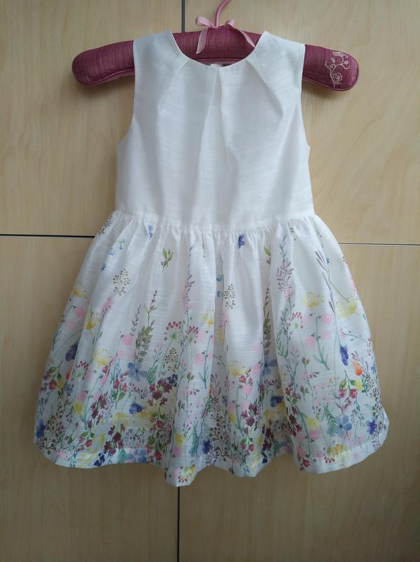 Нарядное платье matalan на 5 лет