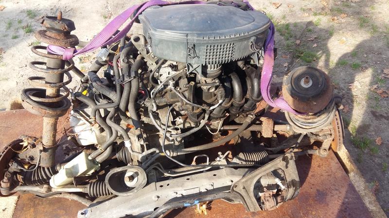 Двигатель Рено клио 2  1.4 бензин