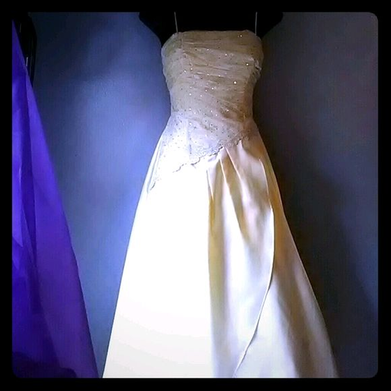 свадебное платье М