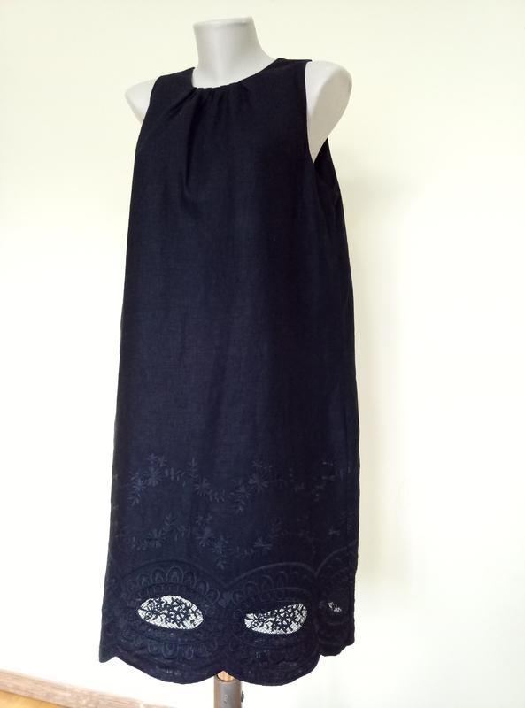 Шикарное платье с вышивкой лен