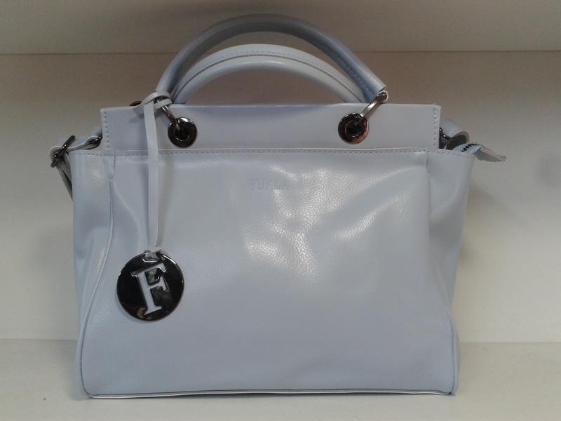 Шикарная женская сумочка из натуральной кожи голубого цвета