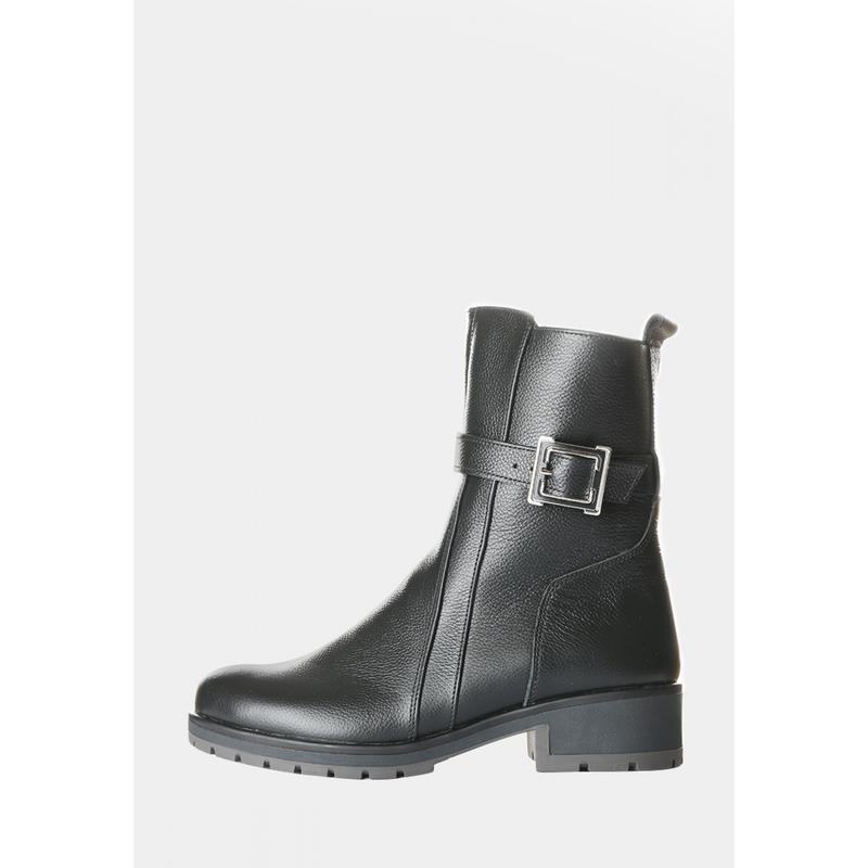 Кожаные зимние женские черные ботинки полусапожки низкий каблу...