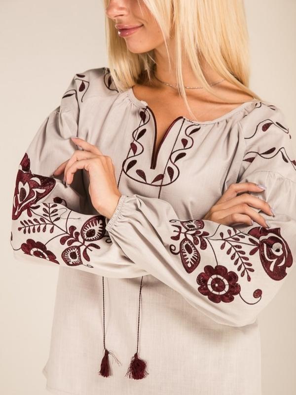 Современная льняная вышиванка блуза с цветочной вышивкой