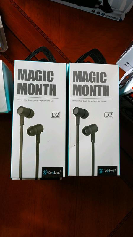 Наушники Magic Month