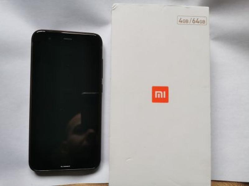 Смартфон Xiaomi Mi 6 4/64GB Black