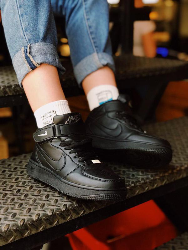 Шикарные женские черные кроссовки nike air force 1 high black 😍