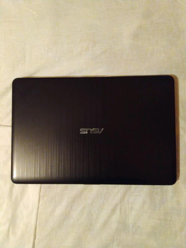 Ноутбук ASUS R540NV-DM020T
