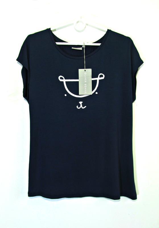 Мягкая темно-синяя футболка со стилизованным мишкой р.12