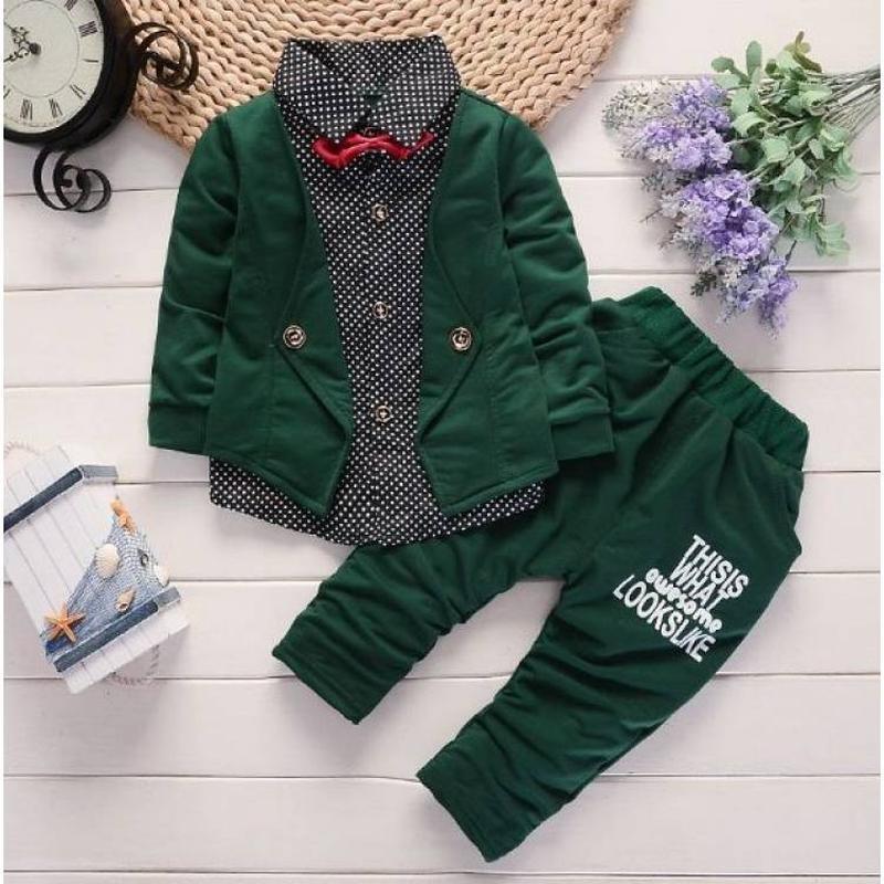 Нарядный костюм для мальчиков зеленый