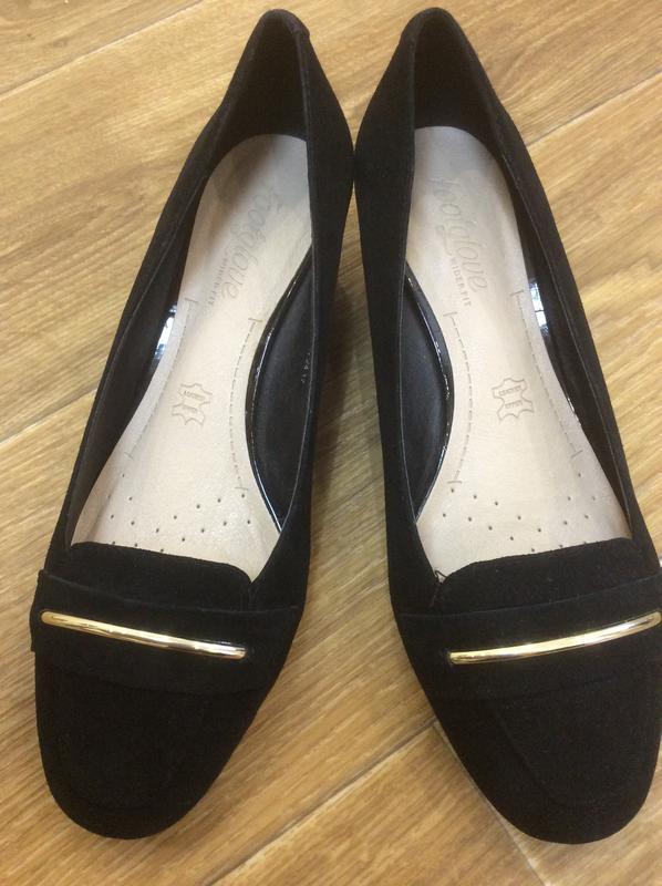 Туфли чёрные замшевые новые
