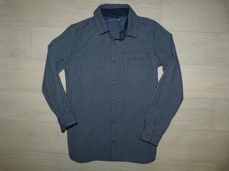 Отличная рубашка в мелкий узор nut meg 12-13 лет