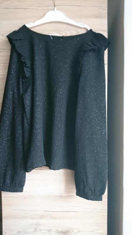 Нарядная чёрная кофточка kiabi