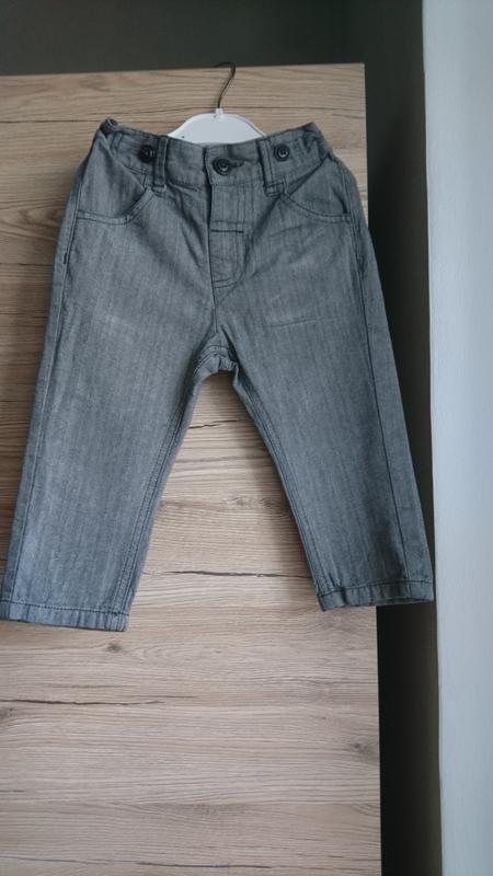 Стильные легкие  штанишки  next ткань ёлочкой на 12-18 мес