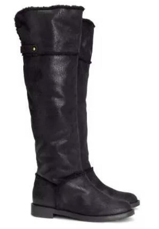 Стильные высокие сапоги чёрного цвета h&m