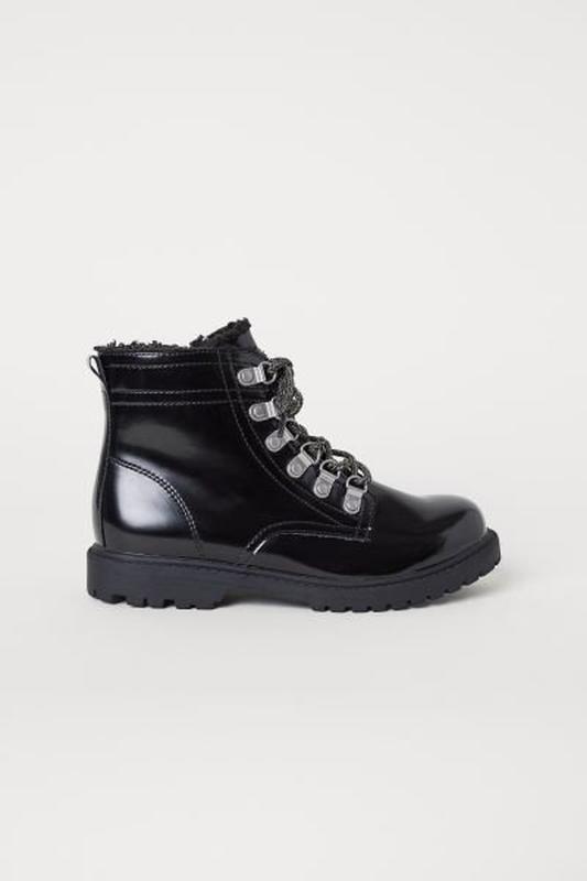 Классные деми ботинки h&m на меху