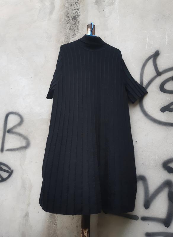 Плиссированное платье cos