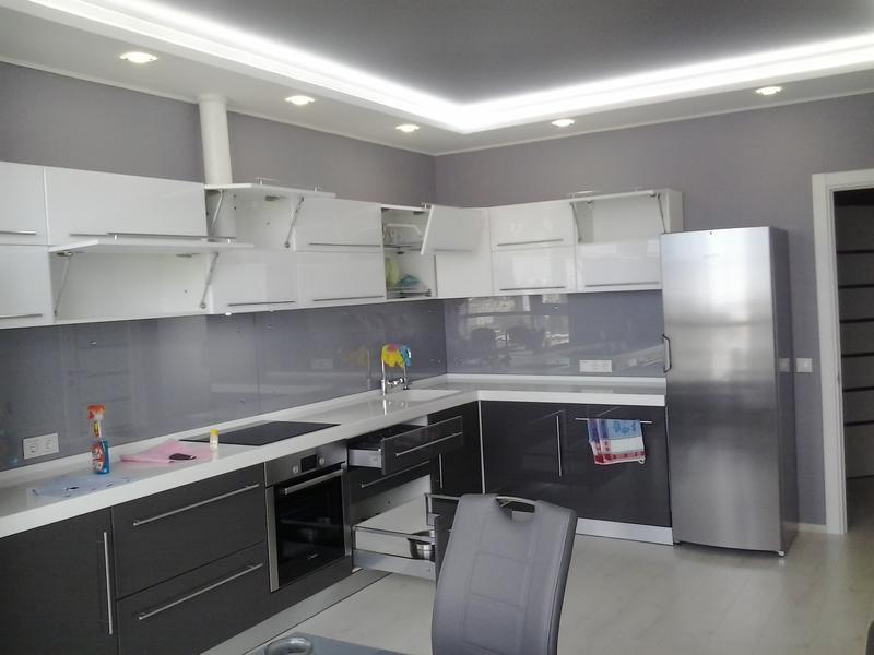 Изготовление кухонной мебели по индивидуальному проэкту - Фото 4