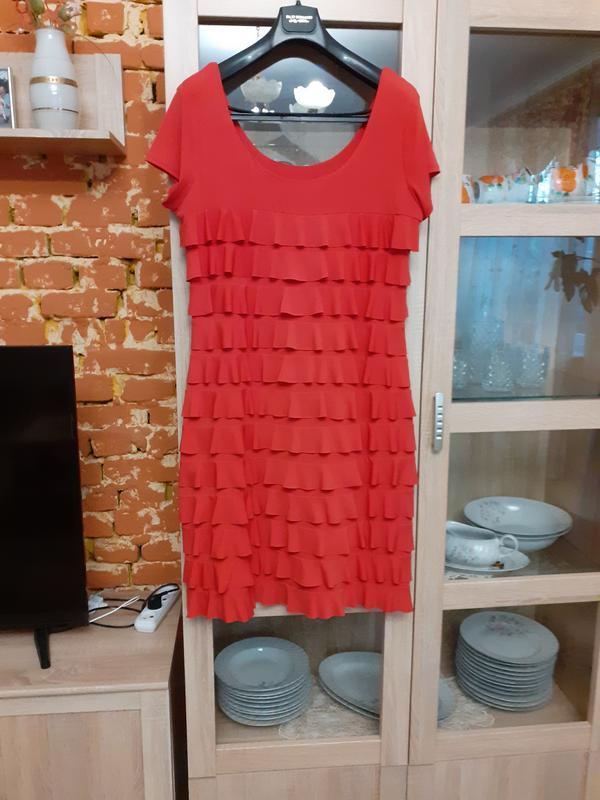 Если хотите быть неотразимой,  то платье с воланами ваше!!!