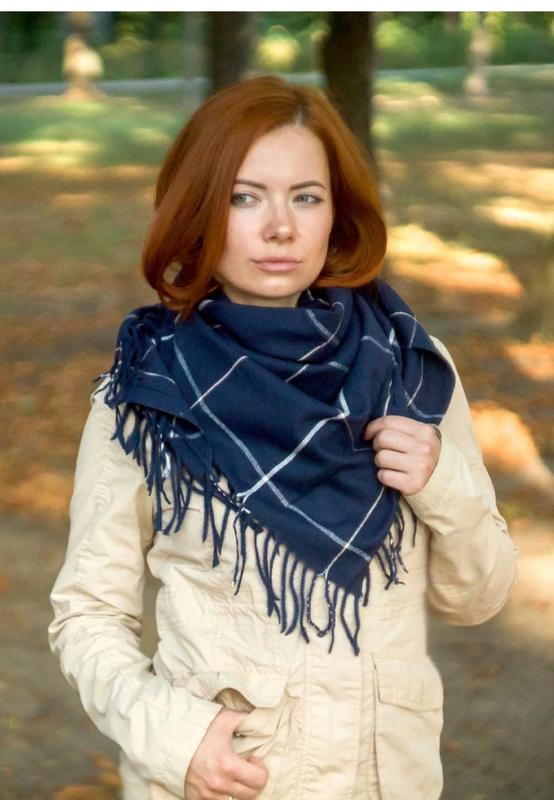 Теплый платок косынка синий индиго в наличии