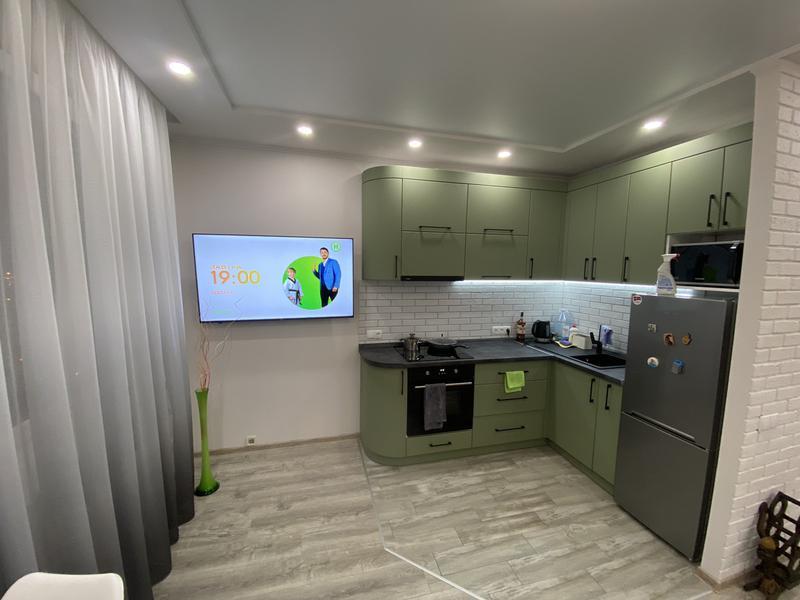 Повешу LED tv телевизор на стену Одесса.монтаж и настройка smart