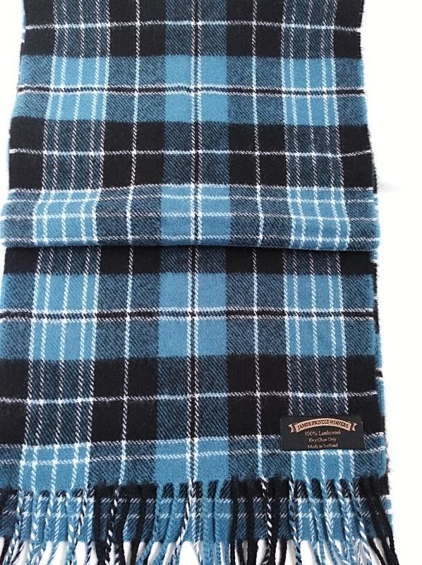 Мягкий и  теплый  шарф  100%  шотландская  шерсть james pringl...