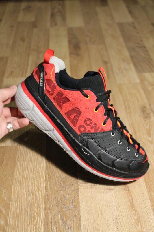 Дуже круті кросівки черевики hoka one one на підошві vibram бо...