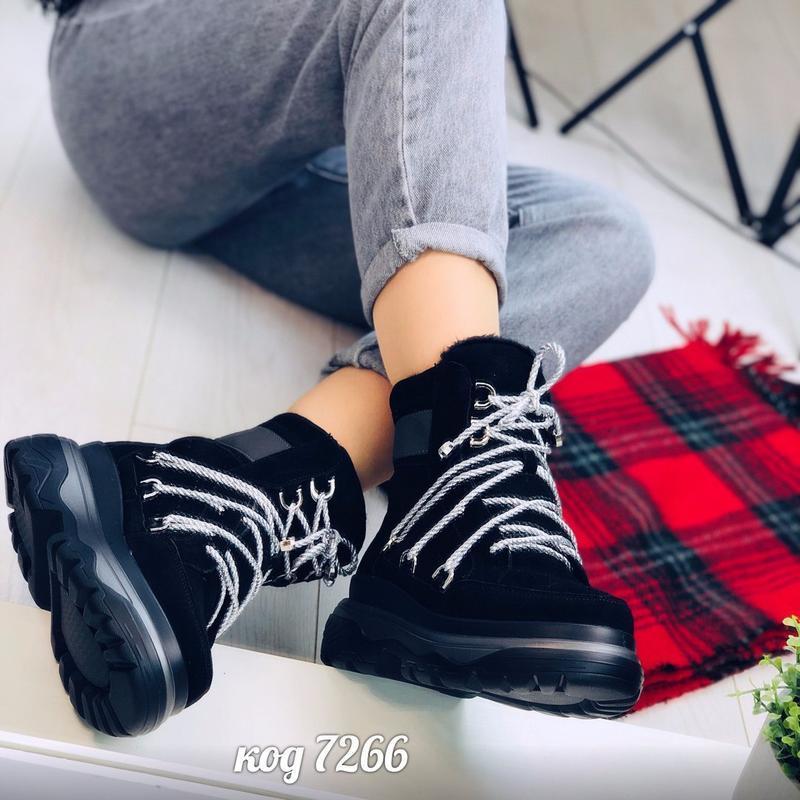 Стильные зимние ботинки из натуральной замши - Фото 2