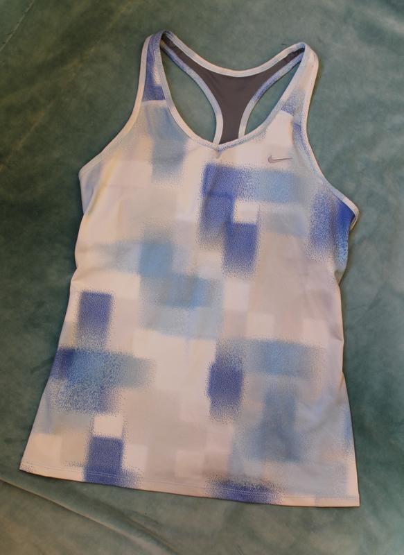 Nike ® dry fit спортивная майка с вшитым топом для поддержки г...