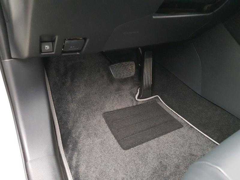 Автомобильные коврики в салон для Toyota Rav4 2018- - Фото 2