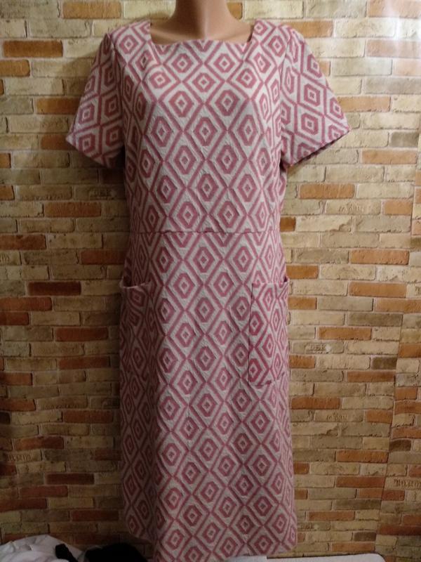 Новое фактурное платье в принт ромб с карманами 18/52-54 размера
