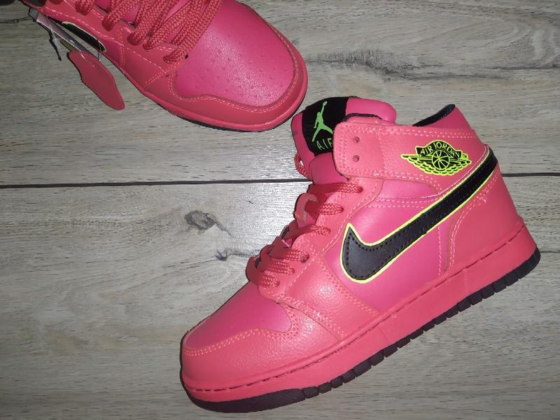 Ботинки зимние nike air jordan 1 retro зима женские кроссовки ...