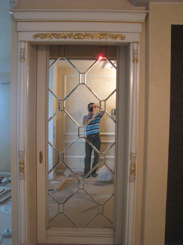 Уставновщик межкомнатных дверей и деревянных кострукций