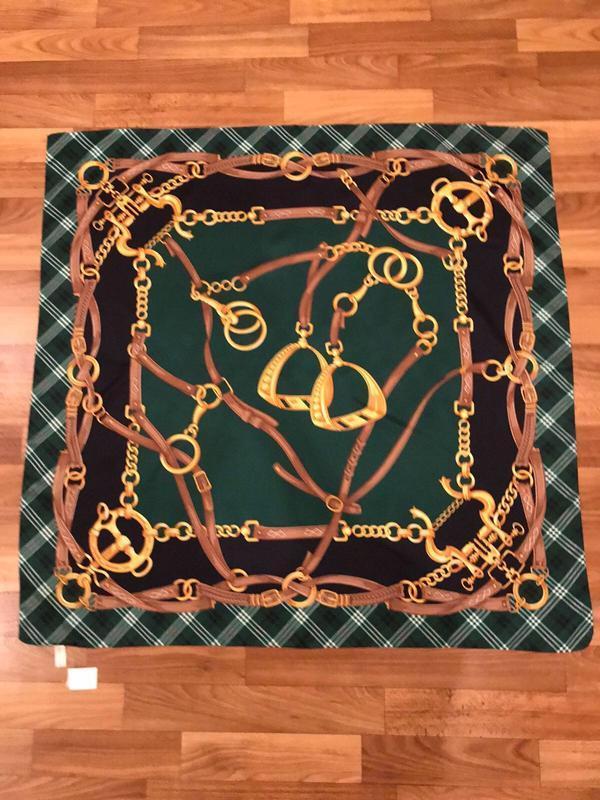 Платок в стиле hermès