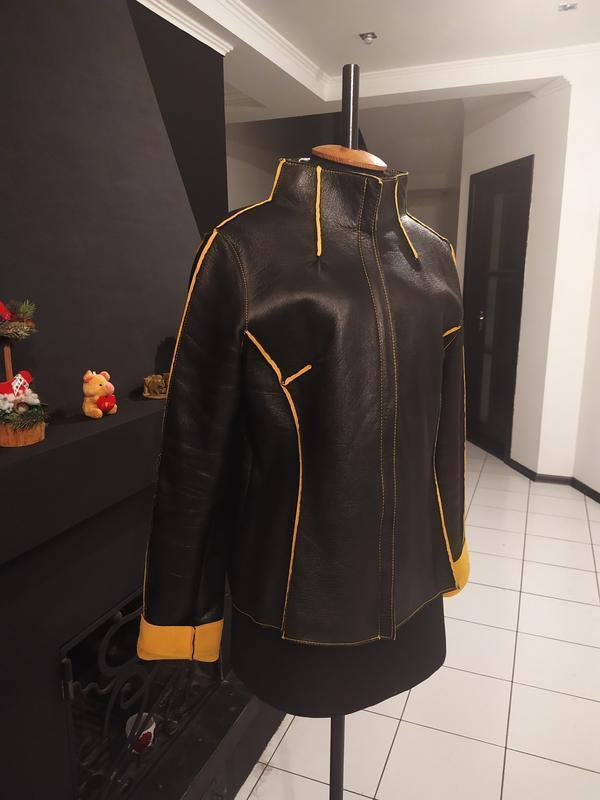 Кожаная осенняя дубленка куртка натуральная кожа байка ice queen