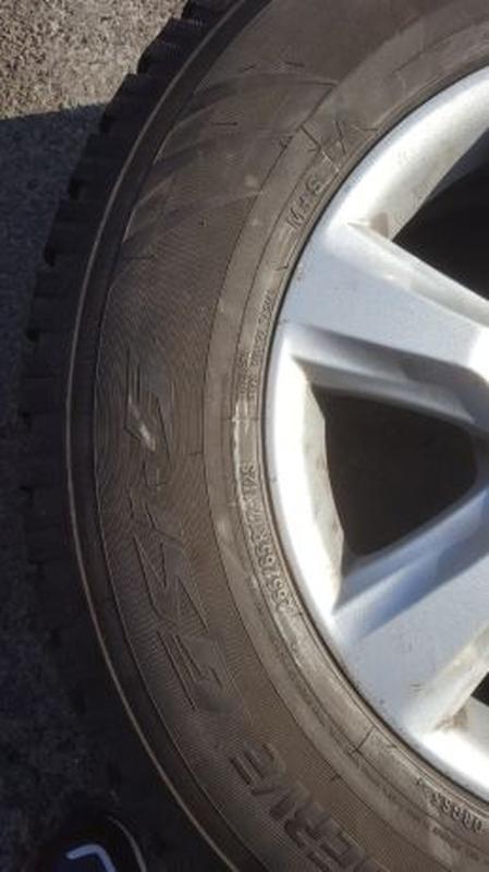 Литые диски R17 с зимней резиной 265/65 R17 - Фото 3