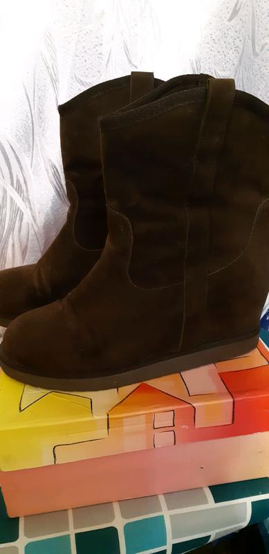Зимние ботинки из натуральной замши.