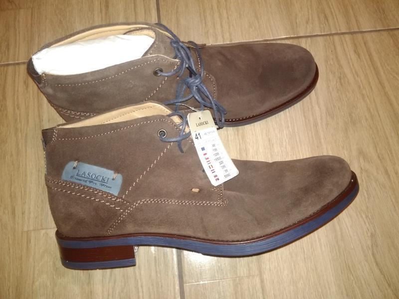 Фирменные новые замшевые ботинки 41  lasocki.