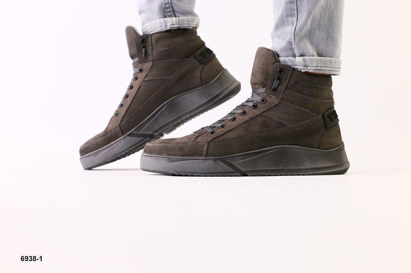 Зимние ботинки из нубука, серые - Фото 2
