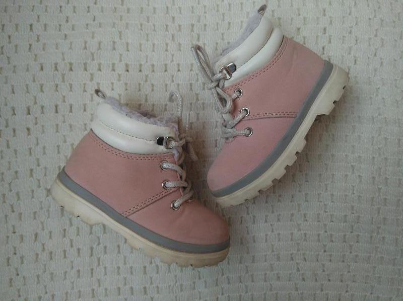 Ботинки ботиночки в стиле тимберленд h&m 22-23 размер