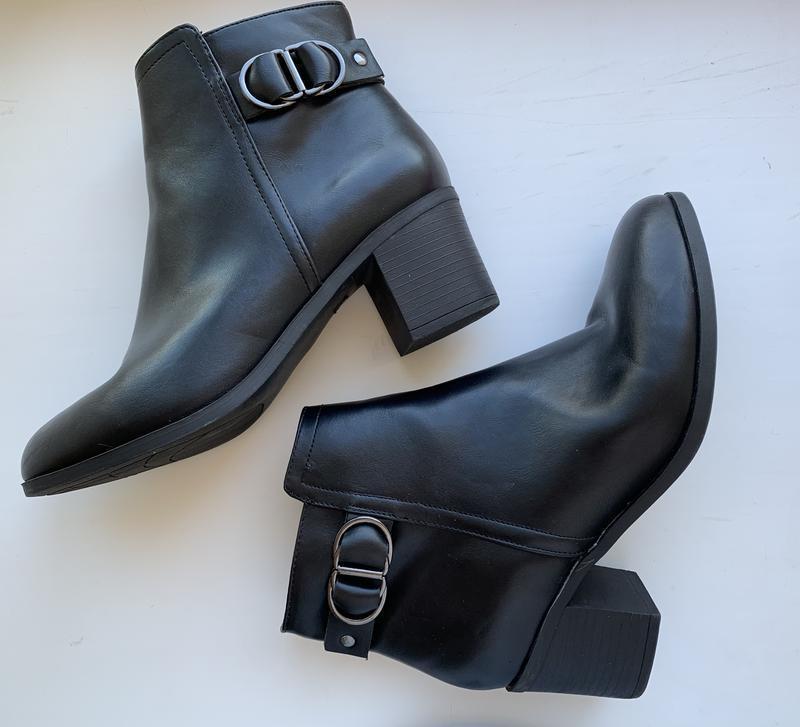 Ботинки на каблуку демисезонные ботинки.