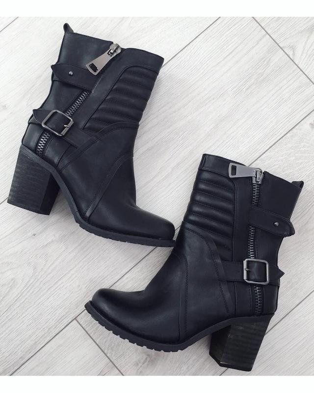 Чобітки, ботінки, ботинки утепленные, черные ботинки на каблуку.