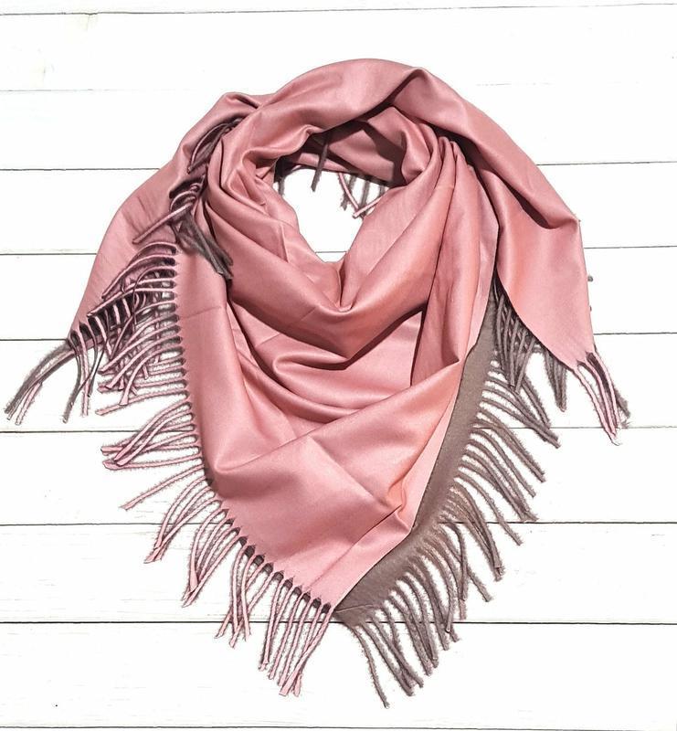 Двухсторонний платок косынка нежно розовый капучино в наличии