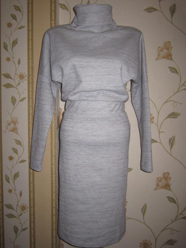 Комфортное базовое трикотажное платье