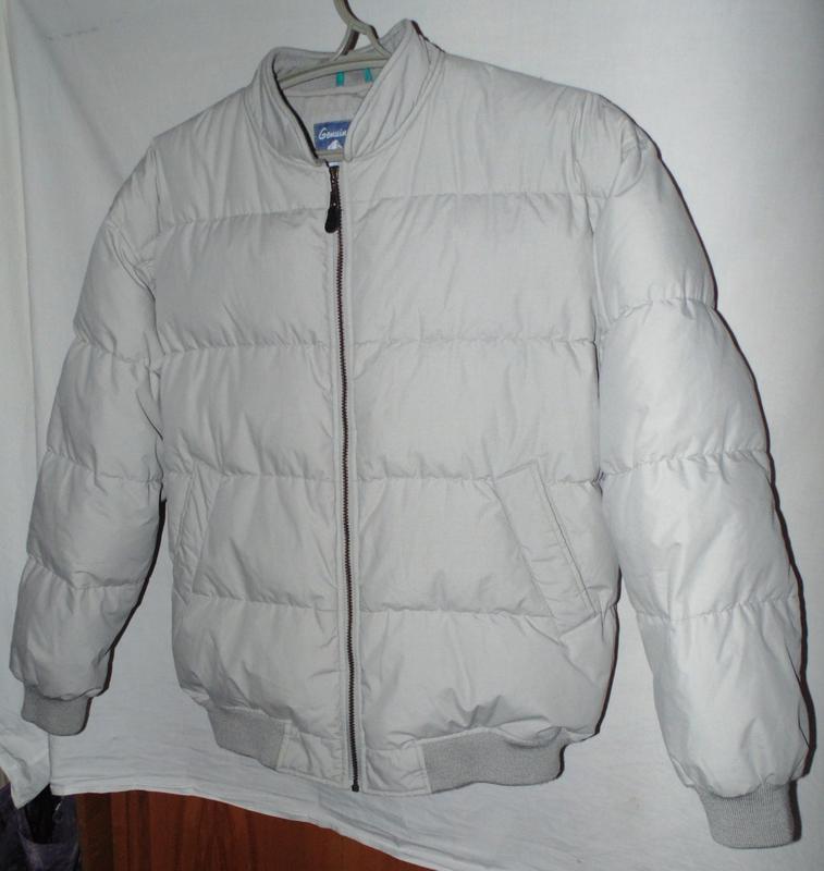 Куртка пуховик зимняя натуральный пух по сути новая canda разм...