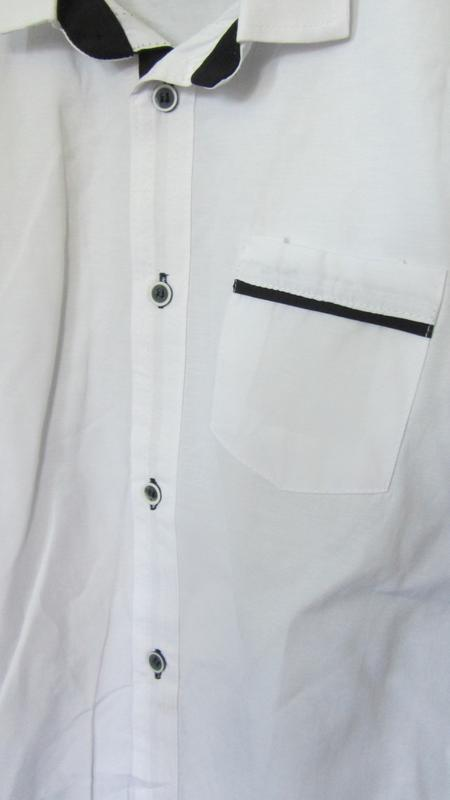 Белая рубашка с налокотниками для мальчика - Фото 3