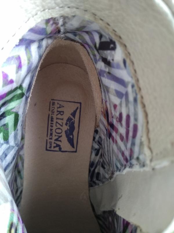 Приличные кожаные серо-бежевые ботильоны ботинки полуботинки - Фото 5