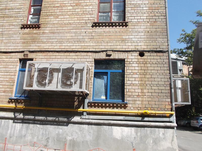 Алмазная резка бетона без пыли. Демонтаж. Бурение бетона.