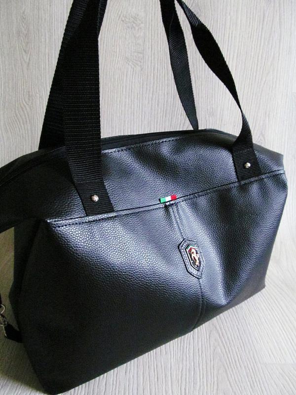 Стильная сумка кожзам черная