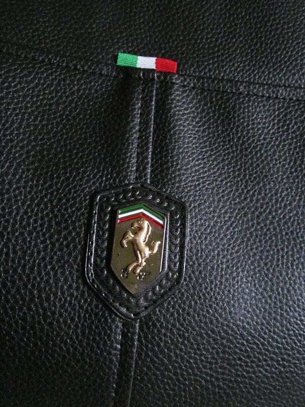 Стильная сумка кожзам черная - Фото 4