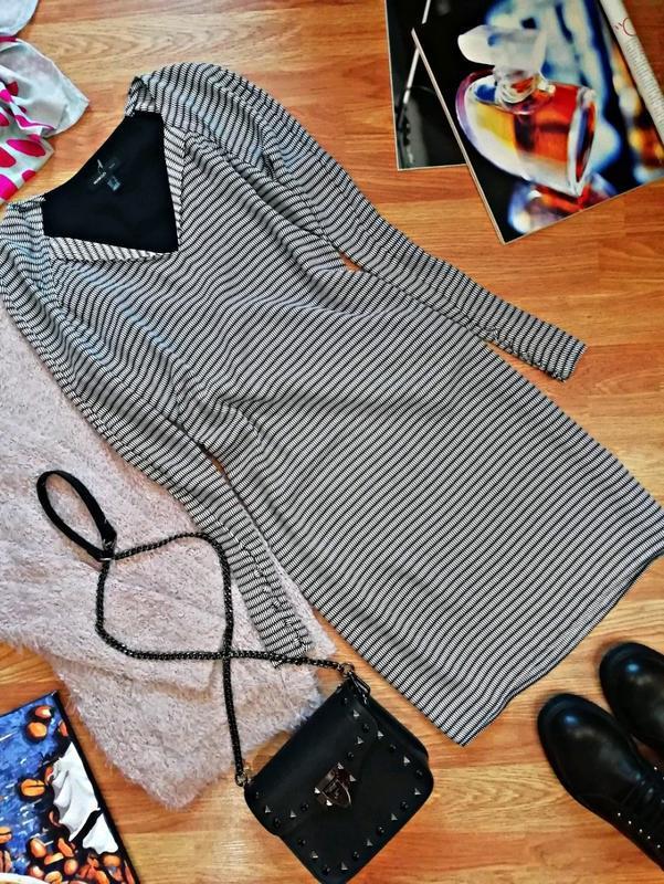 Женское супер стильное брендовое платье mango - размер 44